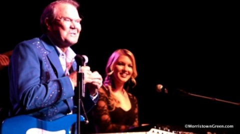 Glen Campbell's battle with Alzheimer's adds heroic coda to his life